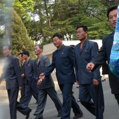 朝鲜男人承担的责任与中国男人有什么不一样?